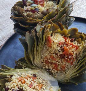 Alcachofas rellenas con quinoa