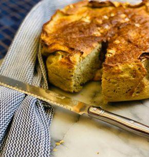 Pan de pesto de albahaca