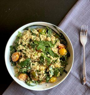 Ensalada de quinoa con arúgula y espinaca