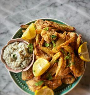 Fish & chips con salsa tártara