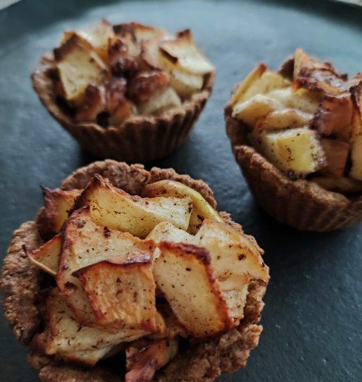 Tartaletas de manzana en masa integral